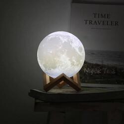 - Dekoratif 3D Ay Gece Lambası