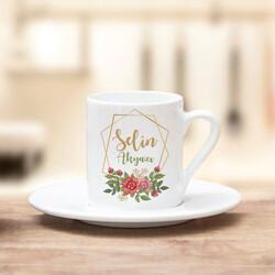 - İsme Özel Çiçek Motifli Kahve Fincanı