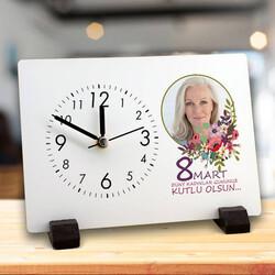 - Kadınlar Gününe Özel Mesajlı Masa Saati