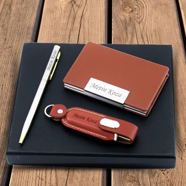 Kişiye Özel USB Kalem ve Kartvizitlik Seti