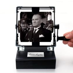 - Mustafa Kemal Atatürk Gif Film Makinesi