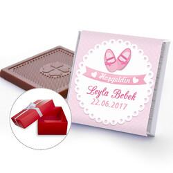 - Patik Temalı Kız Bebek Çikolatası