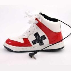 Spor Ayakkabı Şeklinde Hoparlör - Thumbnail